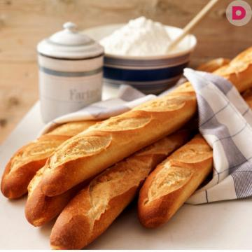 Insanely delicious homemade baguette! Such in-store can not buy!