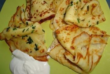 Thin potato pancakes with garlic and herbs
