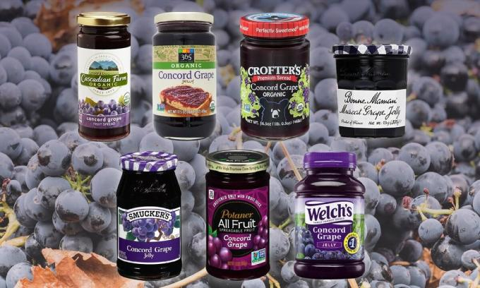The range of jelly black grapes in the United States. A photo -