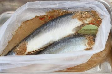 "The very ""spicy salted herring"" recipe GOST USSR"