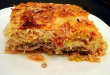 Casserole of cabbage with meat multivarka