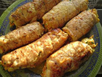 "Chicken rolls with garlic and cheese ""Boyar"". favorite recipe"