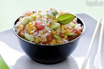 Funky salad with cucumber and corn on Julia Vysotsky