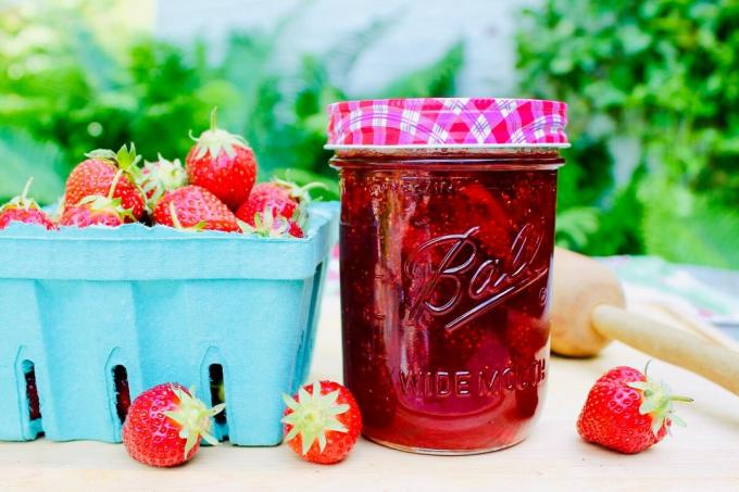 Strawberry jam pectin. Photos - Yandex. Images